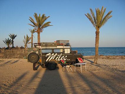 Overnachting aan strand Tunis